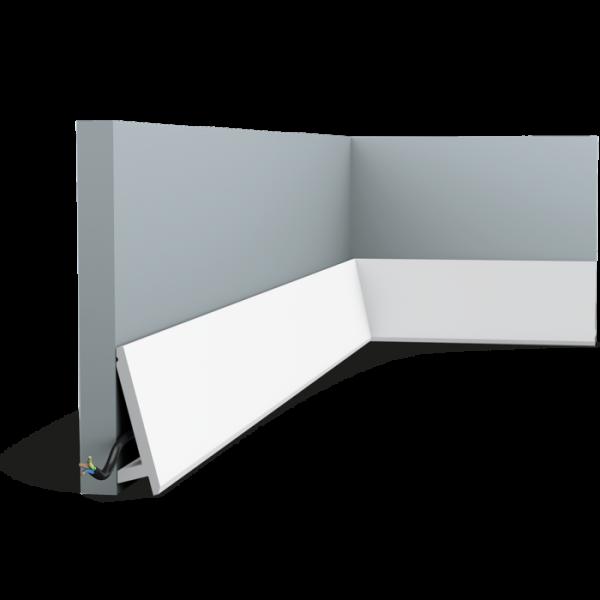 Sockelleiste SX179F DIAGONAL ORAC DECOR Duropolymer / AXXENT